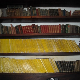 Biblioteca / Library